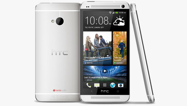 HTC One in Silber